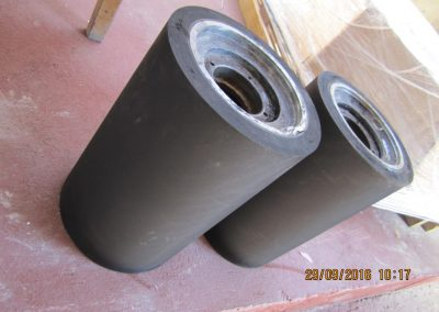 Recoating of rollers and wheels